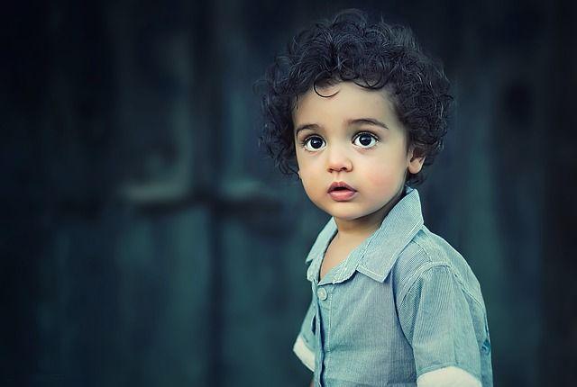 Niño con resiliencia